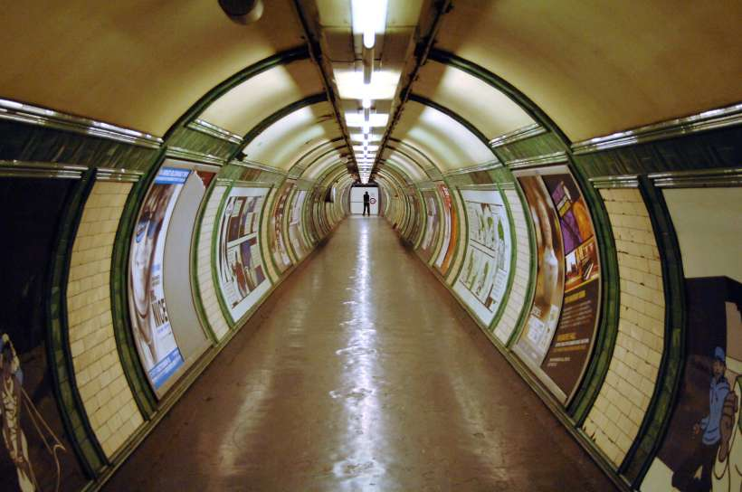 Tube_London.jpg