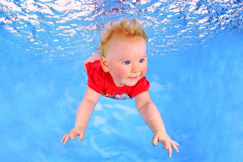 babyschwimmen_unter15D6848.jpg