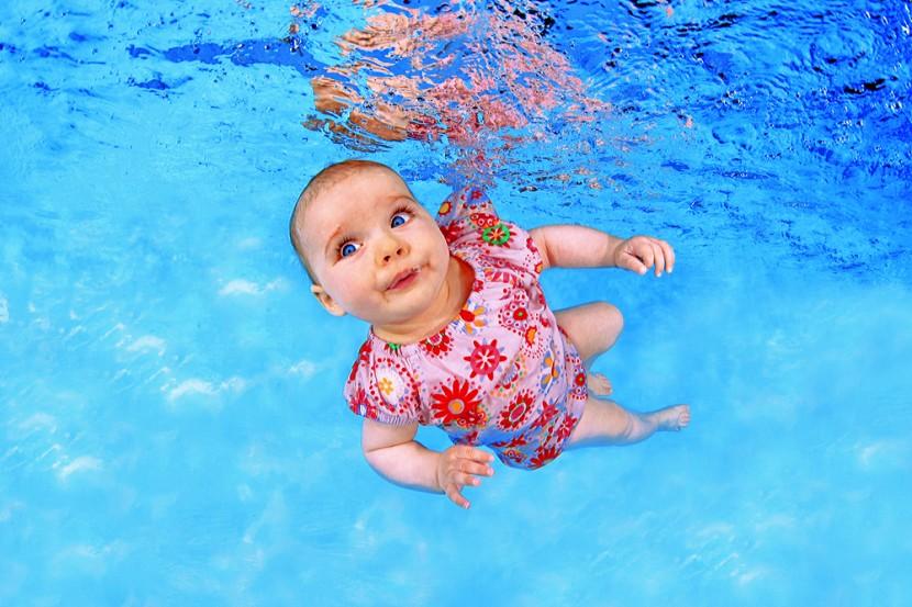 babyschwimmen_unter15D68AB.jpg